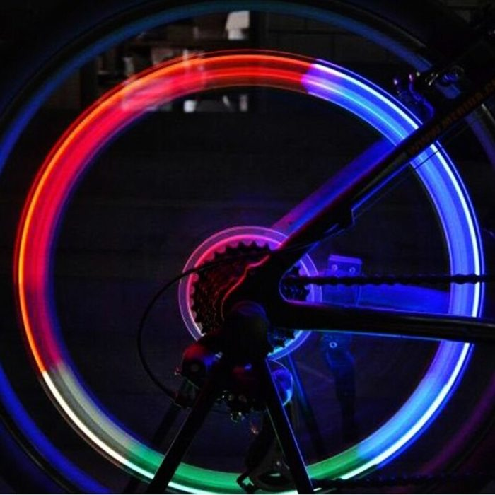 Bicycle Lights with Batteries Wheel Spoke Lamp LED Bike Valve Lights Tyre Tire Valve Cap MTB Bike Light Bicycle Bike Accessories 3